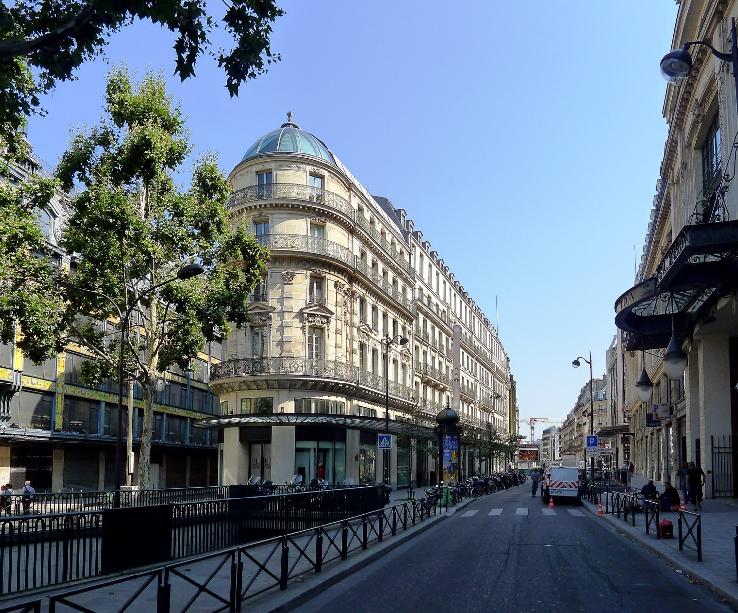 P1030960_Paris_Ier_rue_du_Pont-Neuf_rwk